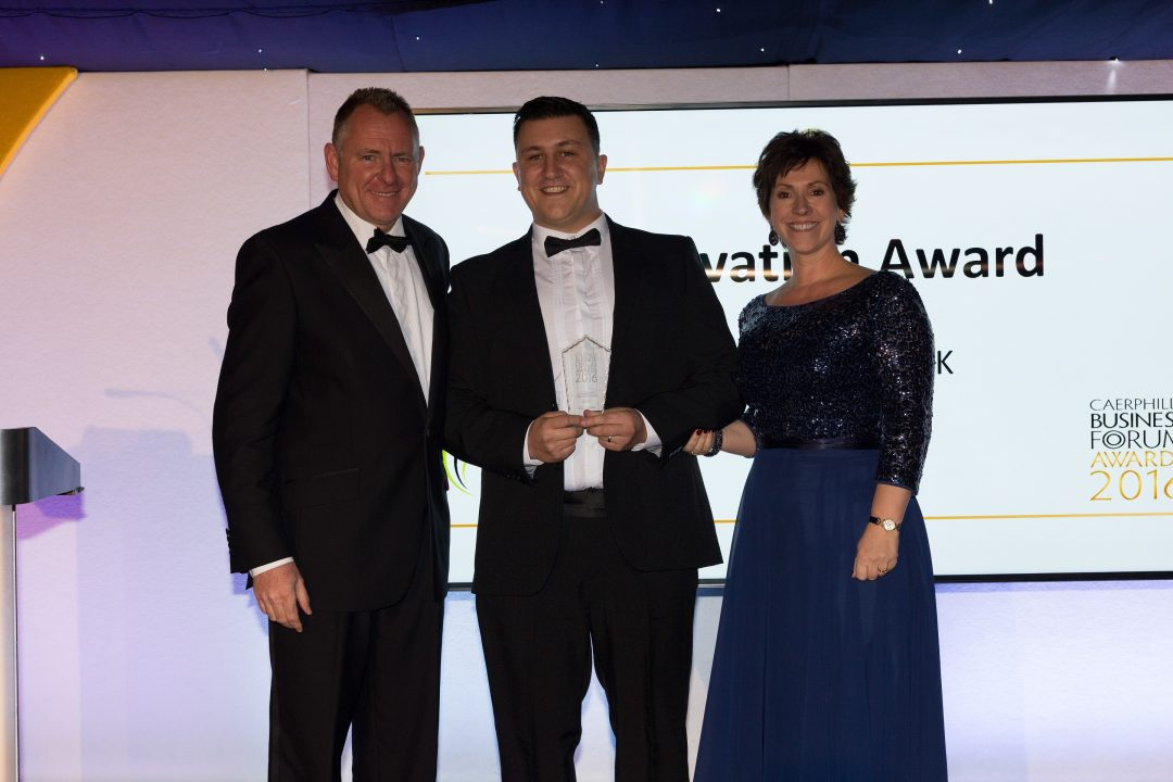 servicetracker-award